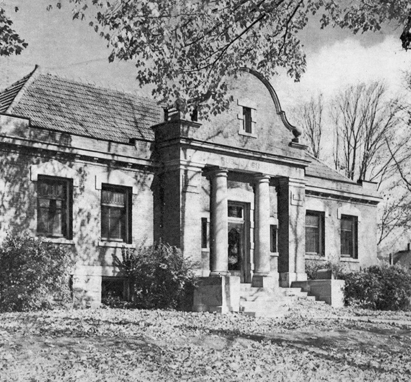 old picture of Polo Library